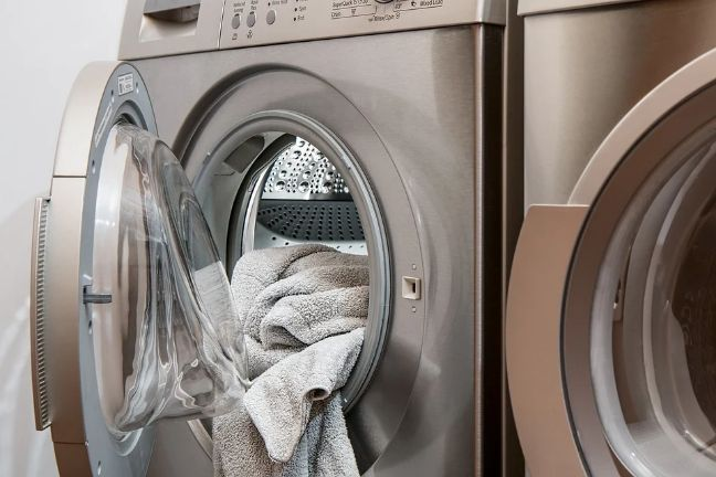 washing clothes with soft water
